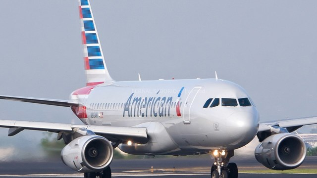 American Airlines 'glitch' means no pilots over Christmas